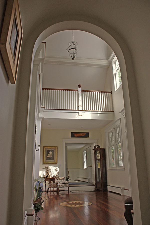 Cousins-Island-Cottage-Hallway2