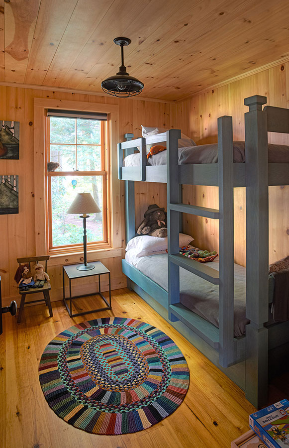 Lakefront-Lodge-Bunk-Room
