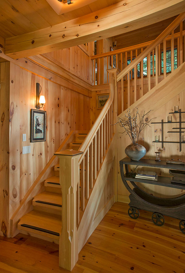 Lakefront-Lodge-FrontStairs