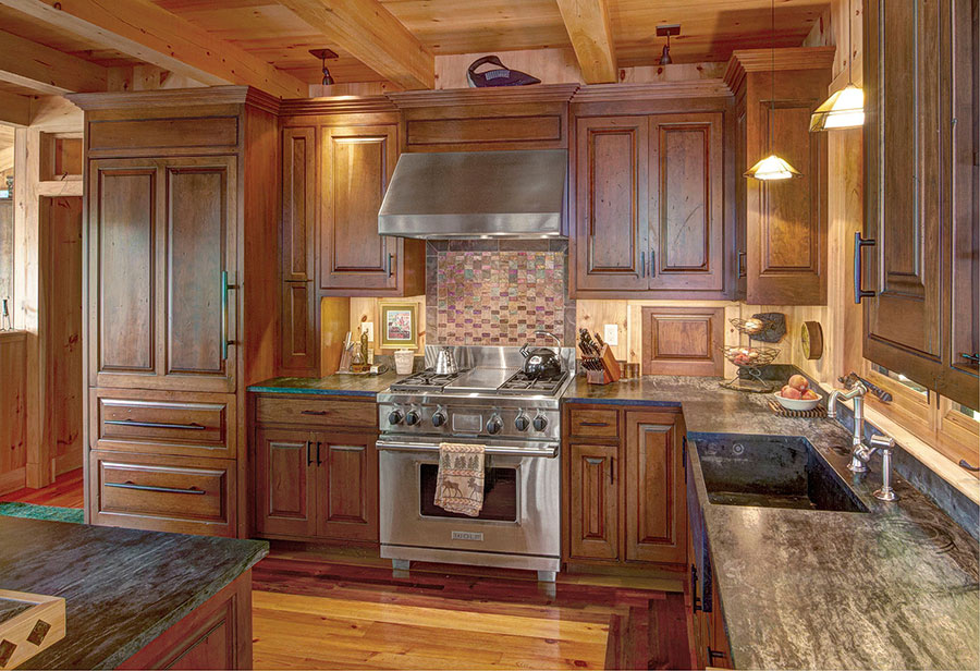Lakefront-Lodge-Kitchen