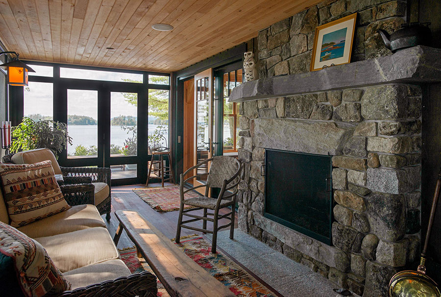 Lakefront-Lodge-Screen-Porch