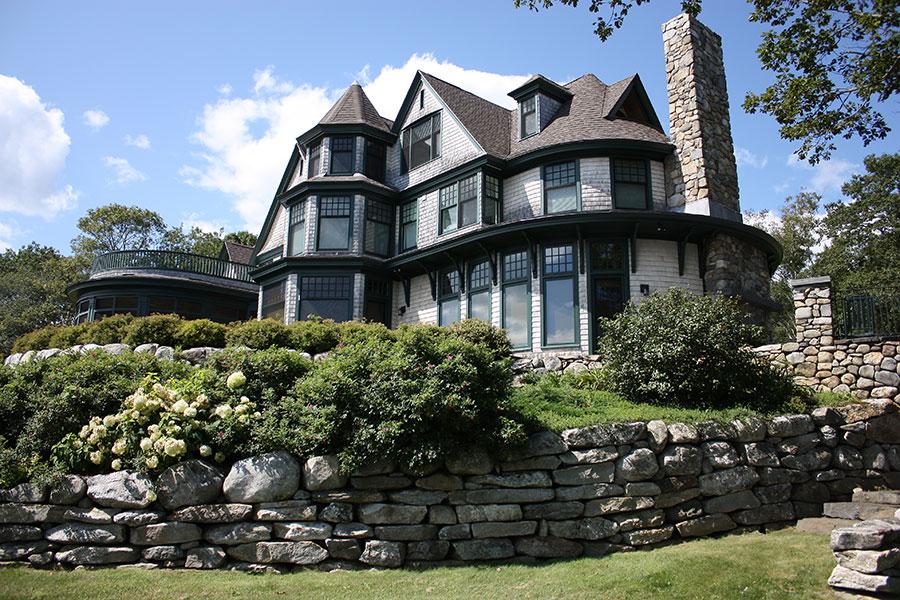 victorian-shingled-island-cottage-2